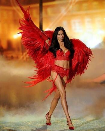 Най-горещите ангели на Victoria's Secret се пенсионират