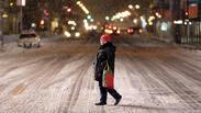 Снежна буря скова САЩ (СНИМКИ/ВИДЕО)