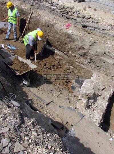Поредна римска столица откриха археолози на наша територия (СНИМКА)