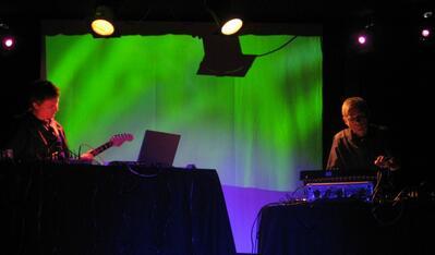 Отиде си виртуозът-пионер на електронната музика Дитер Мьобиус