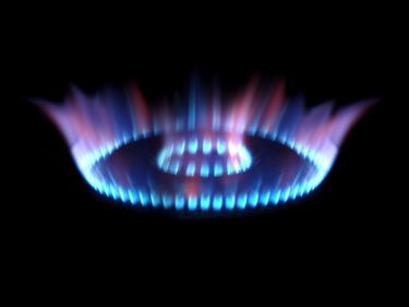 ЕНИ откри в Средиземно едно от най-големите газови находища в света