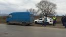 Крадци ограбиха шофьор на бус посред бял ден