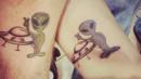 Силната връзка между баща и дъщеря, изразена чрез допълващи се татуировки (СНИМКИ)