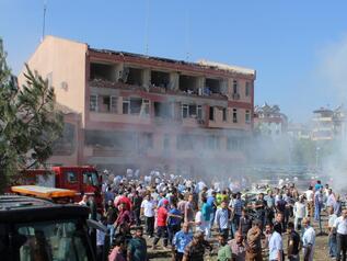 Взривиха още едно полицейско управление в Турция (ДОПЪЛНЕНА 4)