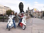 Да прекосиш половината свят със скутер (СНИМКИ)