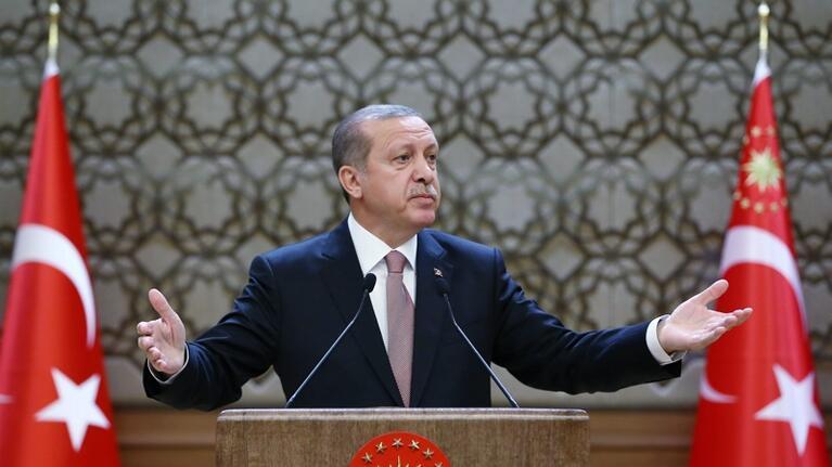Ердоган нямал претенции към чужди територии. Но Сирия, Ирак, Крим, Тракия, Босна, Македония били в сърцето му