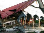 Жертвите в Индонезия продължават да растат (СНИМКИ)