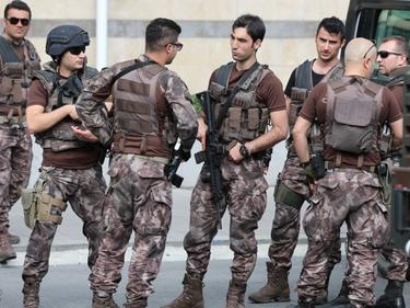 Турция изтегля войските си от Ирак