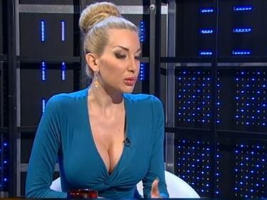 Антония Петрова: Мис Хелзинки има питекантропско излъчване