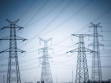 Счупихме 20-годишен рекорд в потреблението на ток и газ