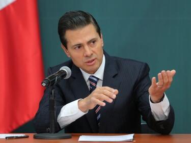 Енрике Нието: Мексико няма да плаща на САЩ за стената