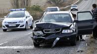 Застрахователи, а не шофьорите, ще обявяват леките катастрофи в КАТ