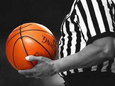 Спърс потопи Клипърс като гост в НБА
