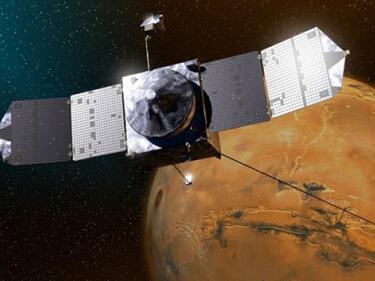 Спътник на Наса без малко да се сблъска с луната Фобос