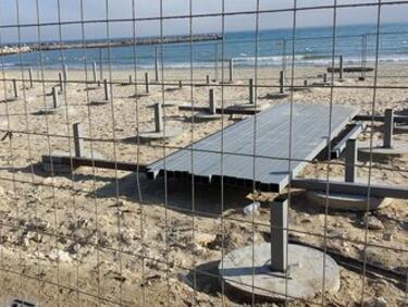 Бетонът на Офицерския плаж във Варна е законен, установи проверка