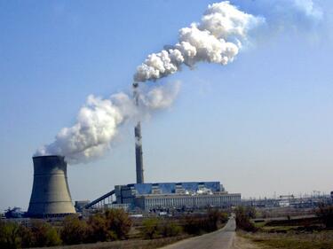 Бизнесът: До 40% по-скъп ток, ако затворим големите ТЕЦ-ове