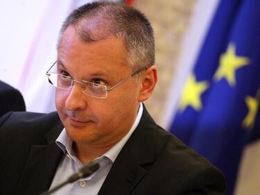 Станишев поздрави ГЕРБ: Българите гласуваха за евроориентацията
