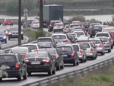 Над половин милион българи тръгват на път за Великден и Гергьовден