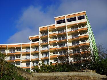 Чужденците предпочитат луксозните хотели, българите – евтините