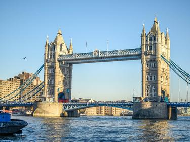 1% от трудовия пазар във Великобритания се дължи на българи и румънци