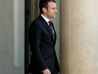 Макрон нареди кабинета: 15 министри, с равновесие между жени и мъже