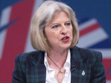 Тереза Мей с предизборно обещание: Спира миграцията, включително от ЕС