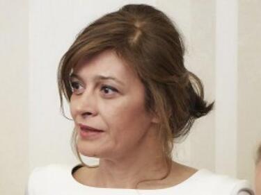 Първата дама: За котешкия СПИН, София прайд и загиналия пилот