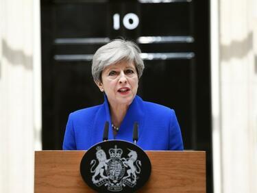 Оставането на Тереза Мей на власт ще е катастрофално за Великобритания