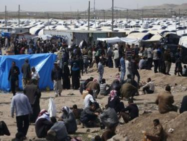 800 натровени и двама починали в бежански лагер край Мосул