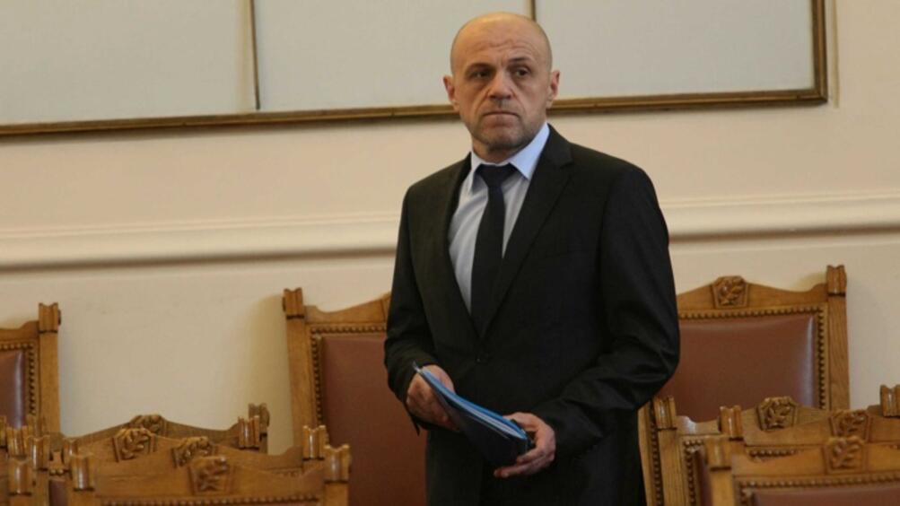 Сега България се справя по-добре с работата по оперативните програми