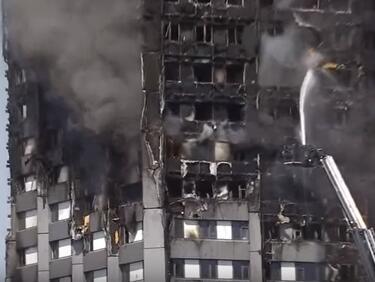 Жертвите на пожара в Лондон вероятно са около 80 (ВИДЕО)