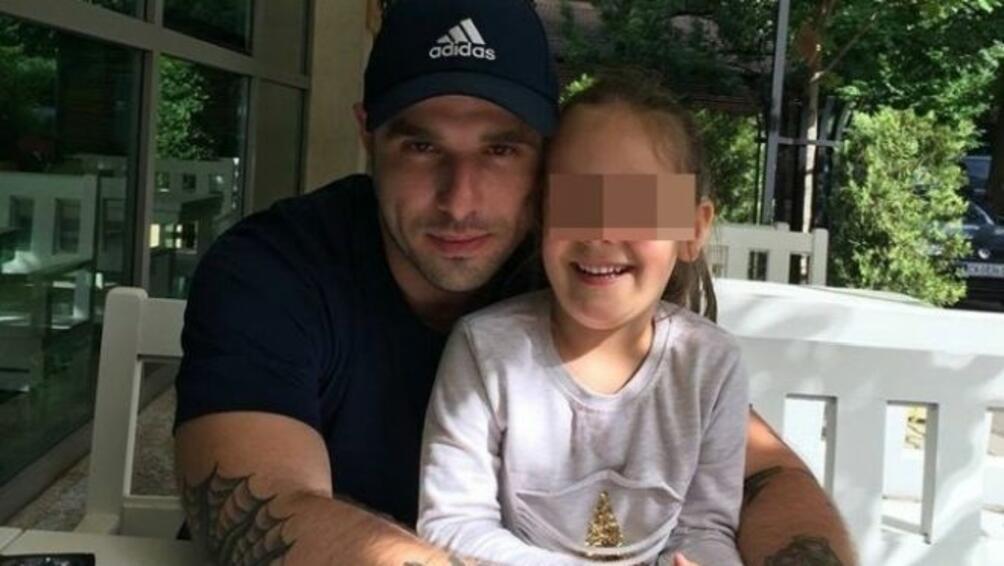 Снимка: Жестокият убиец на студентката в София рецитира Ботев в съда