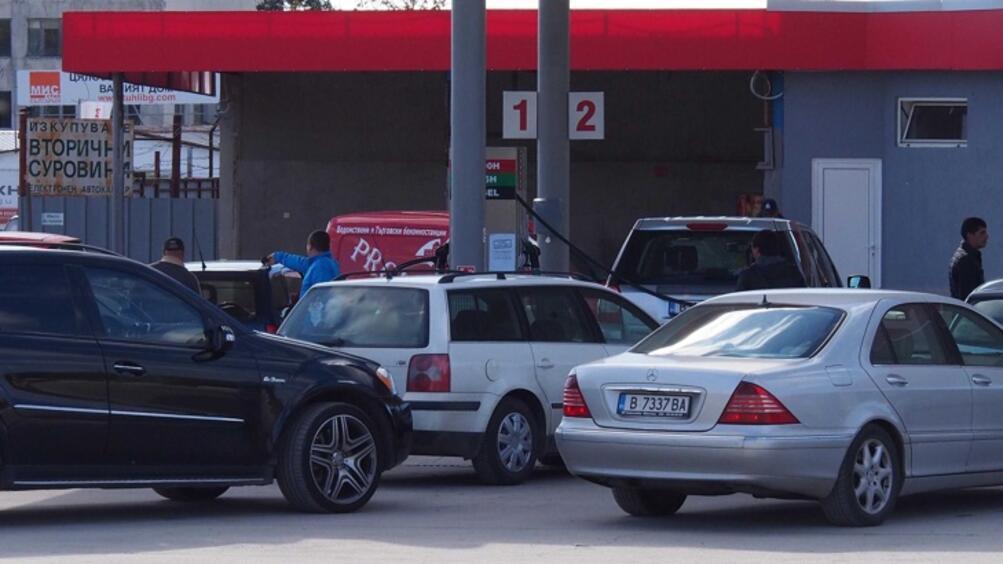 Българските бензиностанции няма да могат да разчитат на румънски клиенти.