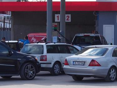 Родните бензиностанции губят румънските туристи