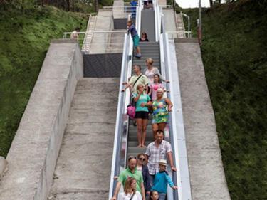 В Албена пуснаха ескалатори от крайните хотели до морето