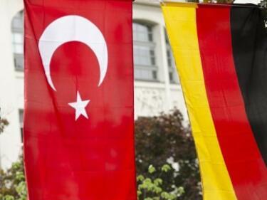 Германия забрани турски митинг в Хамбург за годишнината от преврата