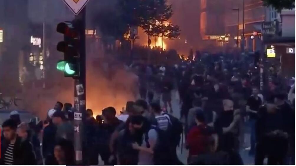 Полицията в Хамбург успя да поеме контрола над ситуацията в