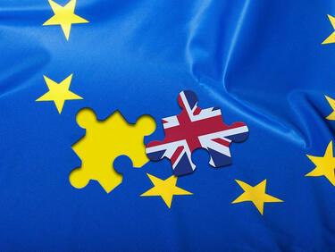 """Брюксел отхвърля офертата на Мей за """"втора ръка"""" британски граждани след Брекзит"""