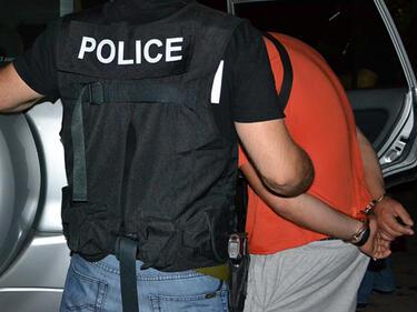 Каналджиите останаха без поминък, захванаха контрабанда с цигари и алкохол