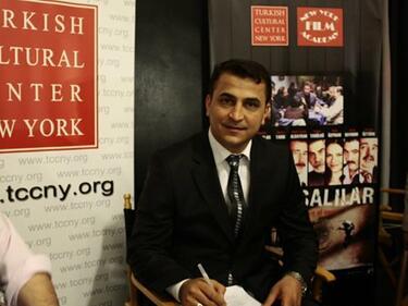 Репресиите в Турция застигнаха и режисьора на филма за Ердоган