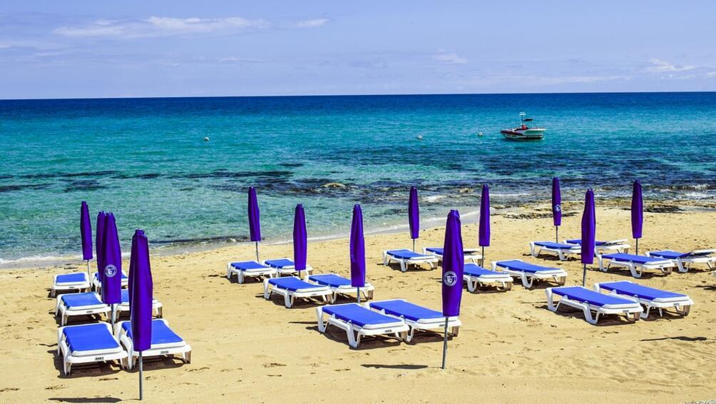 Туристическият бранш опроверга всекидневните хвалби на министъра на туризма Николина