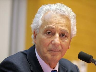 Най-известният диетолог в света на съд за мошеничество