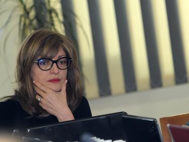 Захариева: Скандалът около НДК е работа само на компетентните органи