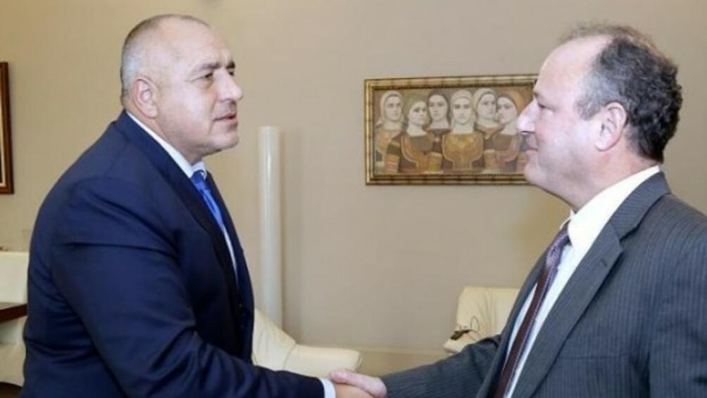 Македонското правителство одобри на днешното си заседание проектодоговора за приятелство,