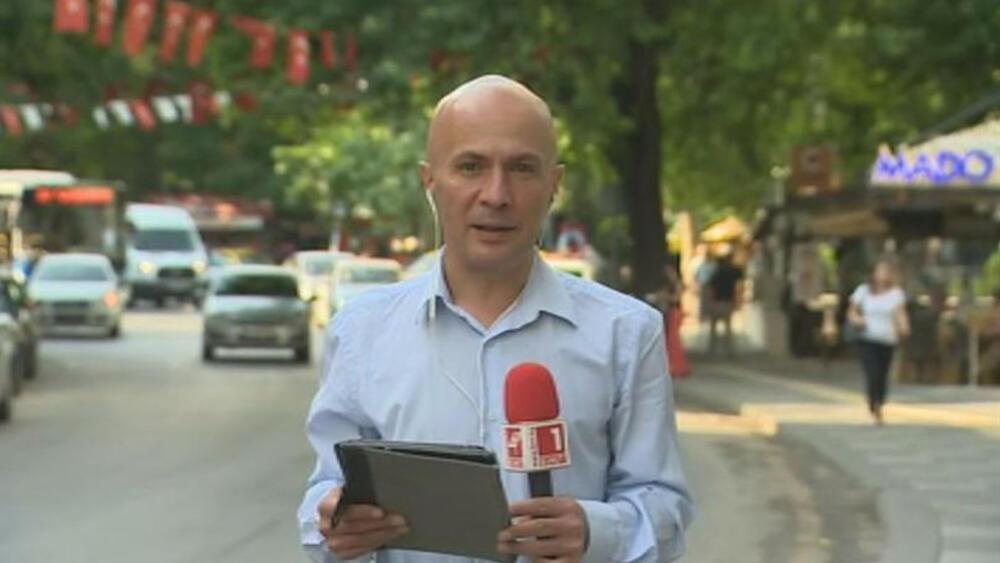Журналистът и водещ на сутрешния блок на БНТИво Никодимоввече е