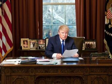 """""""Гардиън"""": Пълен хаос в Белия дом"""
