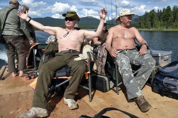 Ето как руският диктатор прекарва отпуската си (СНИМКИ/ВИДЕО)
