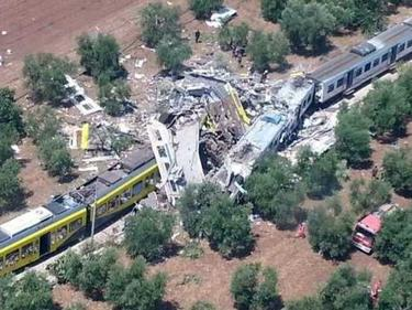 Влакова катастрофа в Египет взе 49 жертви