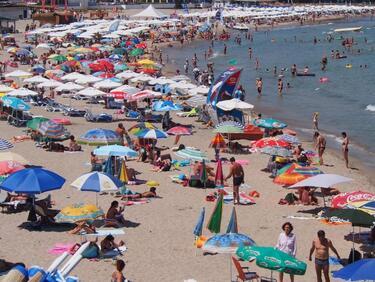 Туризмът с приходи от 2,4 млрд. лв. за първото полугодие