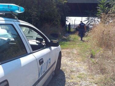 Откриха мъртъв мъж под надлез в Бургас